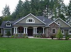 traditional style house plan 4 beds 3 00 baths 3500 sq