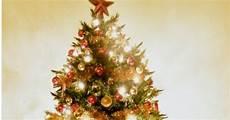 piedistallo per albero di natale ilfilodelleidee come addobbare l albero di natale