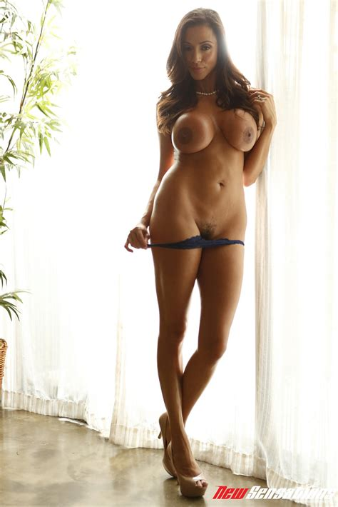 Sarah Lombardie Nackt