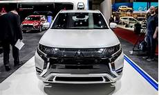 new mitsubishi outlander 2020 2020 mitsubishi outlander review phev version nissan