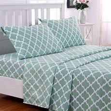 decor collection quatrefoil bed sheet set