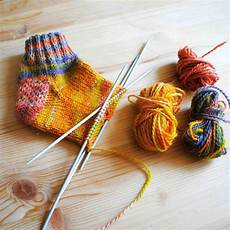 knit a sock with a step by step practice pattern