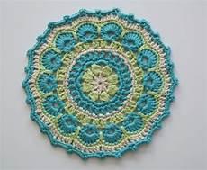 crochet mandala lizzie