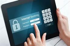 banco on line banco deve indenizar v 237 tima de fraude no banking