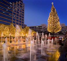 Mayor S Christmas Tree Lighting Kansas City 13 Ultimate 2017 Holiday Events In Kansas City