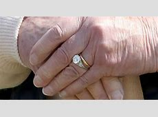 The Sunday Ring: Queen Elizabeth II's Engagement Ring