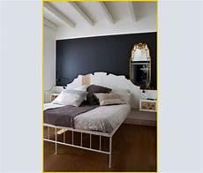 colore della da letto parete colorata dietro al letto colori per dipingere