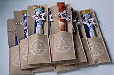 weihnachtsgeschenke arbeitskollegen weihnachtsschokiverpackung kleiner rak kleinigkeiten