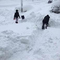 Snow Chart 2017 Record Snow Erie Pa Gets Five Feet Of Snow As