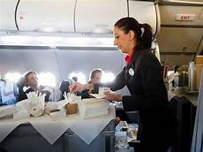 F B Hostess Here S How Much Flight Attendants In 10 Airlines Say They
