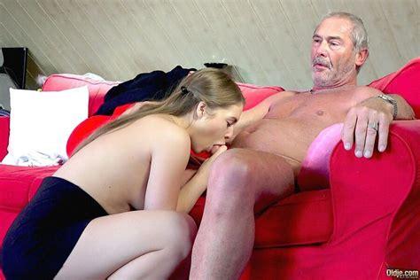 Mary Schmitt Nude