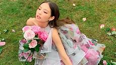jennie of blackpink wore an white dress for
