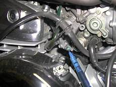 Synchornizing The Carburator And Adjusting The Idle Mixture