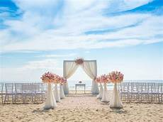 Beach Wedding Photo Albums How To Plan A Wedding In Only Five Weeks Without Going