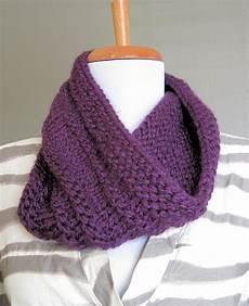 diy purple knit cowl in the hammock vintage style