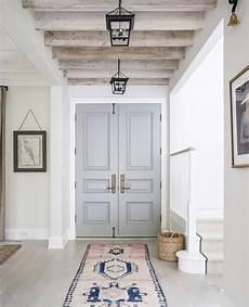 dipingere le porte 7 motivi per dipingere le porte di casa d 233 coration