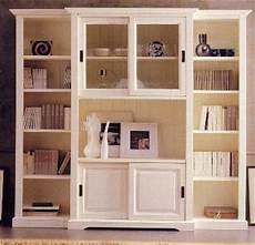 credenze in legno massello credenze e altri mobili per il soggiorno soggiorni legno