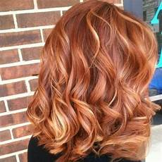 Light Brown Hair With Strawberry Highlights 15 Gentle Strawberry Hair Ideas Styleoholic