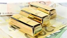 acquistare oro in acquistare oro perch 232 conviene investire