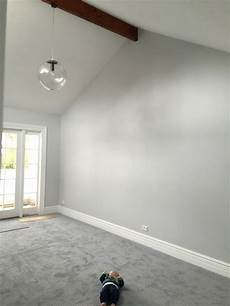 Very Light Gray Walls Pin By Julie Smith On Basement In 2019 Grey Walls