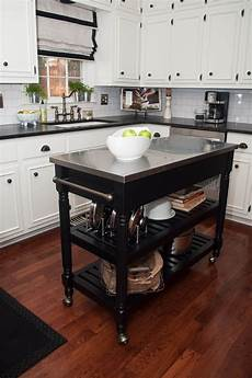 These 10 Portable Islands Work In Your Kitchen 10 Types Of Small Kitchen Islands On Wheels