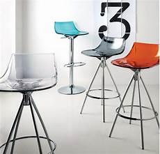 sgabelli da cucina moderni sgabelli flash by scavolini moderni e colorati