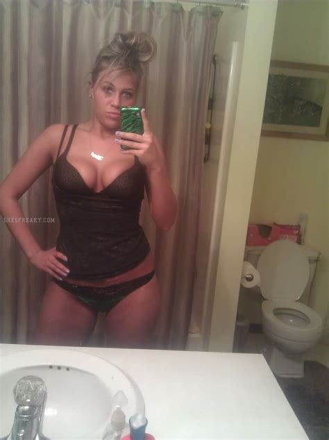 Clebrity Fake Nude Pics