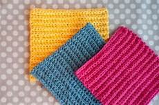 basic crochet stitches beginner ruffled scarf pattern