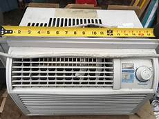Red Light On Danby Air Conditioner Air Conditioner Danby 5050 Btu Outside Victoria Victoria