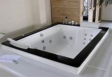 vasca idromassaggio rettangolare prezzi vasca idromassaggio 185x150 da incasso o con pannelli