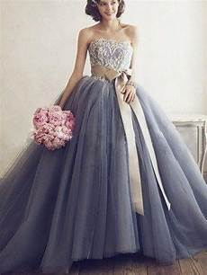 stylish gown sleeveless applique sweetheart tulle