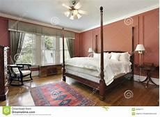 pareti colorate da letto da letto principale con le pareti colorate salmone