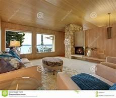 interno casa bello interno della casa con la disposizione ed il camino