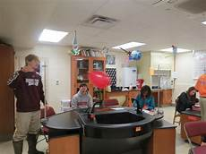 Physics Classes Louisville High School Students Testing Newton S 3rd Law