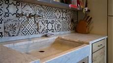 lavello in pietra per cucina lavelli cucina in pietra pietre di rapolano