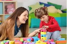 controlla la nostra baby room baby sitter diritti e doveri dell assistente all infanzia