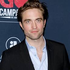 see robert pattinson as the batman in dramatic first