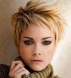 kurzhaarfrisuren frauen brünette afbeelding korte kapsels 2016 pixie hairstyles