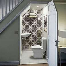 armadi romantici sottoscala bagno sgabuzzino o armadi x ospiti