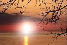 m illumino d immenso quasimodo 95 anni dalla composizione mattina di giuseppe ungaretti