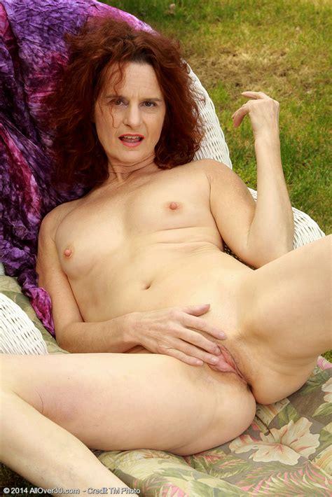Free Hi Res Naked Girl Pics