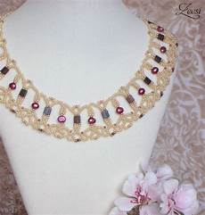 lace beadwork necklace with fuchsia pearls and brugandy