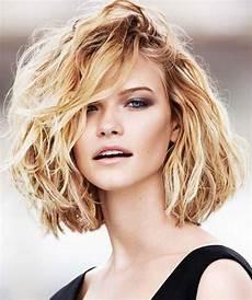 kurzhaarfrisuren blond dickes haar 20 haircuts for thick wavy hair hairstyles