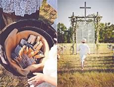 burlap inspired country wedding trudie robbie rustic