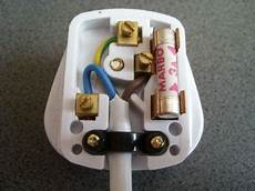 How Do You Change A Fuse In Christmas Lights Electrical What Do I Need To Know When Buying Fuse For 3