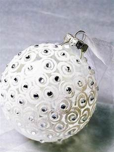 With Designs On Them 35 Awesome Christmas Balls And Ideas How To Use Them In
