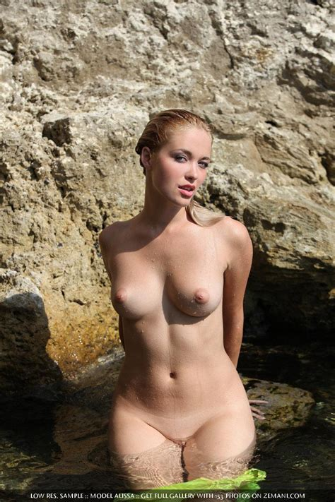 Naked Girl Shows Off Her Body