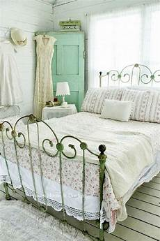 vintage bedroom decorating ideas and photos - Vintage Bedroom Decorating Ideas