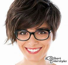 kurzhaarfrisuren rundes gesicht brille hairstyles with bangs and glasses 2014