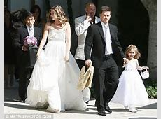 Mark Wahlberg ties the knot in Beverly Hills ceremony